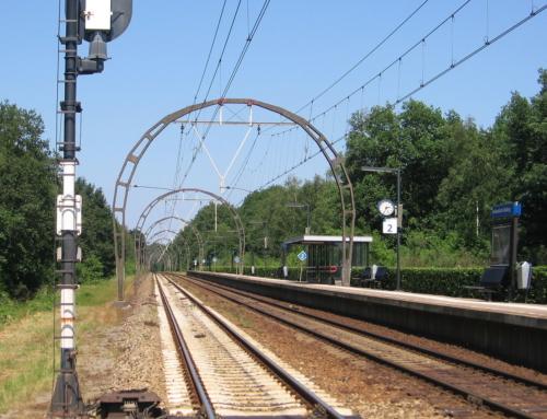Bovenleidingportalen Spoorlijn Hilversum-Utrecht